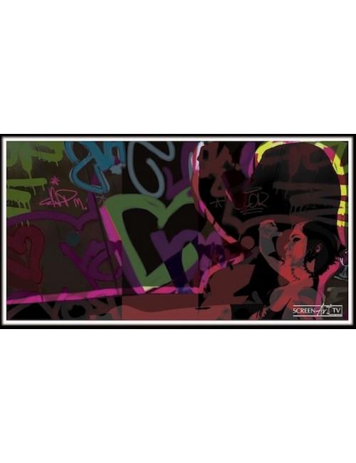 316 1- FEMME ET GRAFFITI
